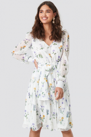 Puffy Shoulder Floral Midi Dress0