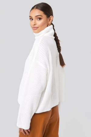 Pulover Oversized High Neck Knitted1