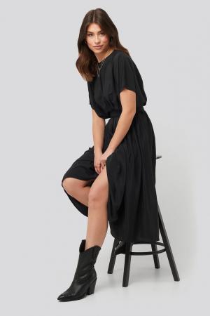 Marked Waist Dress NA-KD [2]