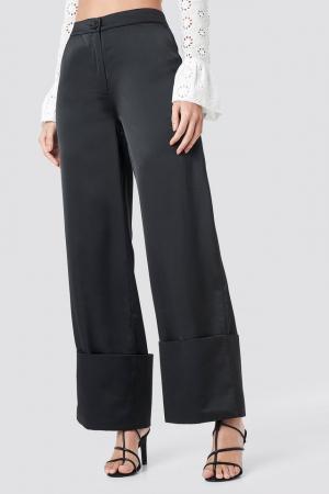 Pantaloni Cuffed3
