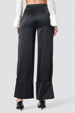 Pantaloni Cuffed2