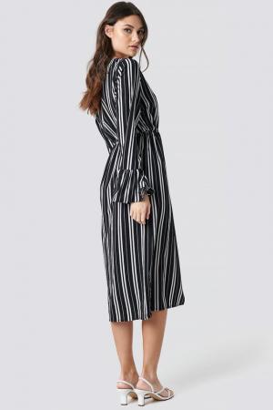 Elastic Waist Flute Sleeve Dress1