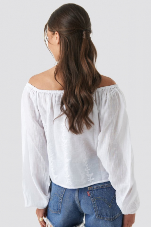 Bluza Embroidery Off Shoulder Top1