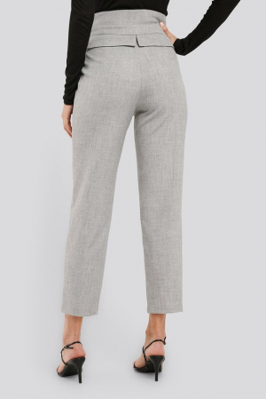 Pantaloni High Waist Detailed1