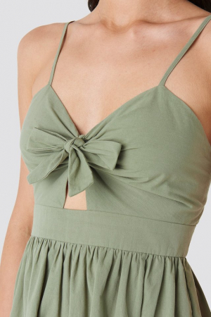 Rochie Knot Front Cut Out3