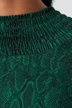 Ruched Detail Midi Dress2