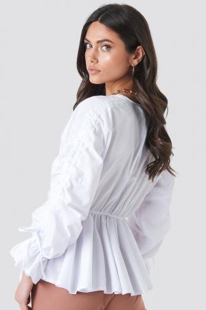 Bluză cu talie accentuata1