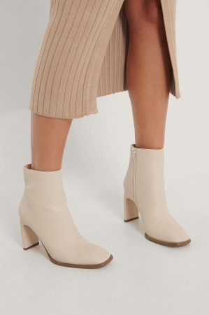 Botine Squared Slanted Toe Boots [3]