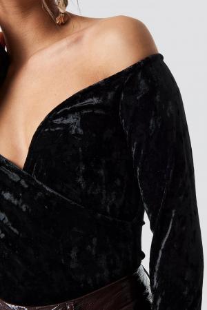Bluza Velvet Off Shoulder Top3