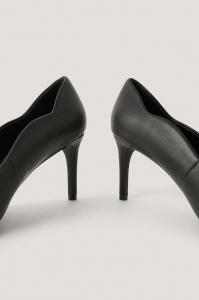 Pantofi Waxy Edge Pumps [3]