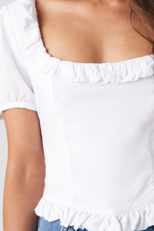 Colleen Cropped Frill Top3
