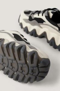 Pantofi Sport Rounded Chunky Profile4