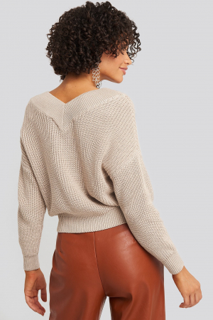 Pulover V-Neck Wide Rib Knitted1
