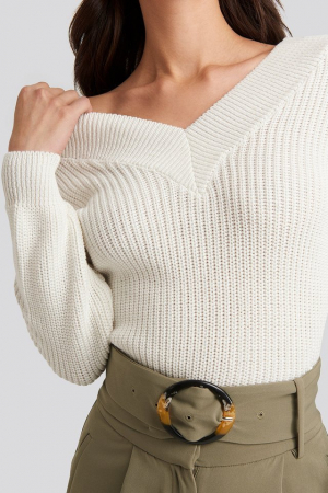 Pulover V-Neck Wide Rib Knitted2