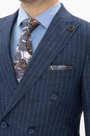 Costum bleumarin cu dungi fine [1]