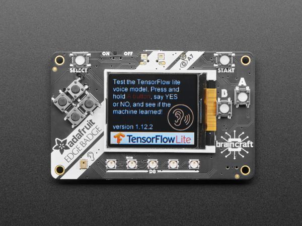Placa Adafruit EdgeBadge TensorFlow Lite pentru microcontrollere 0