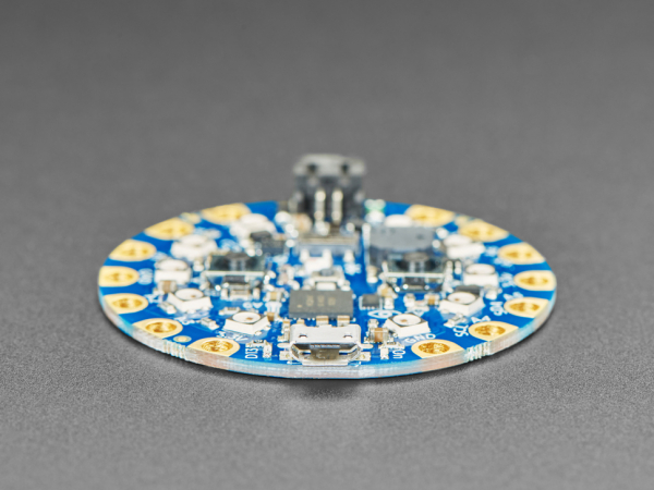 Placa dezvoltare Adafruit Circuit Playground Bluefruit cu BLE [2]