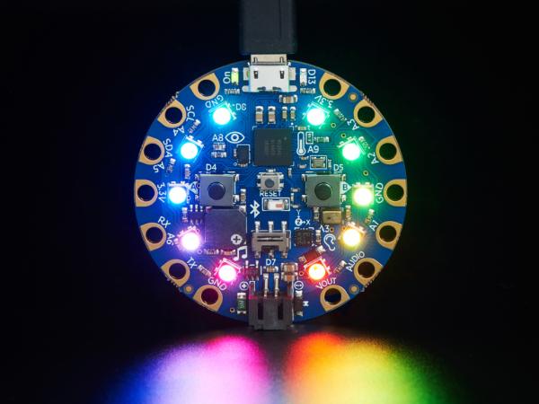 Placa dezvoltare Adafruit Circuit Playground Bluefruit cu BLE [8]