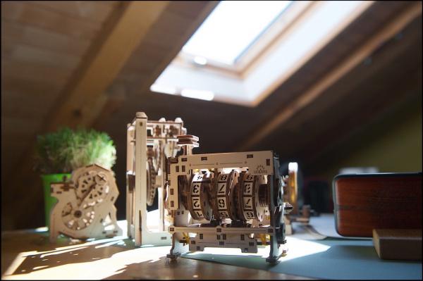 Puzzle mecanic 3D lemn Ugears Contor 12