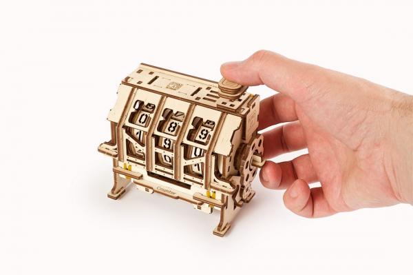 Puzzle mecanic 3D lemn Ugears Contor 7