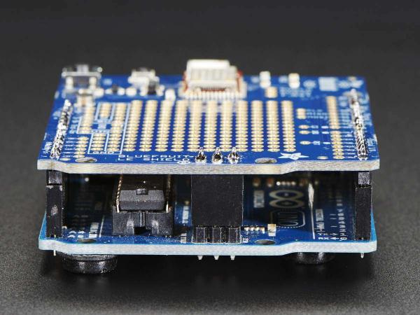 Bluefruit LE Bluetooth Shield pentru Arduino 5