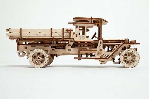 Camion UGM-11 Ugears [3]