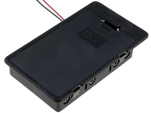 Cutie 6 Baterii  AA, cu cablu 0