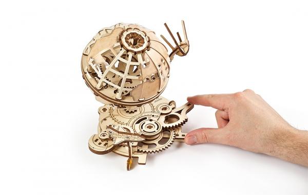 Puzzle mecanic Ugears Glob pamantesc [5]