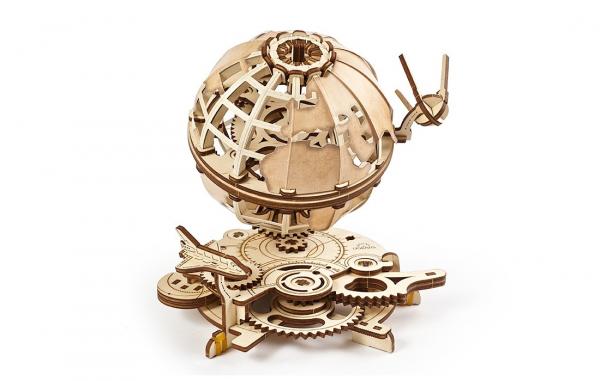 Puzzle mecanic Ugears Glob pamantesc 4