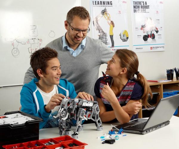 Set de expansiune Lego Mindstorm LME EV3 45560 [1]
