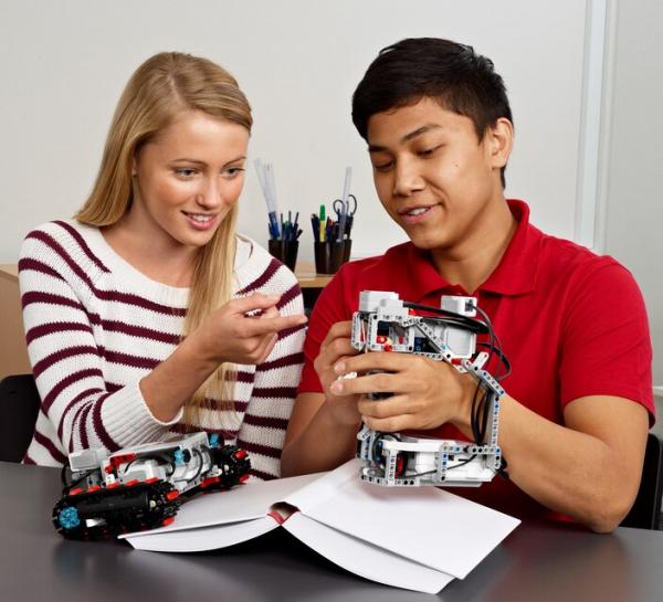 Set de expansiune Lego Mindstorm LME EV3 45560 [2]