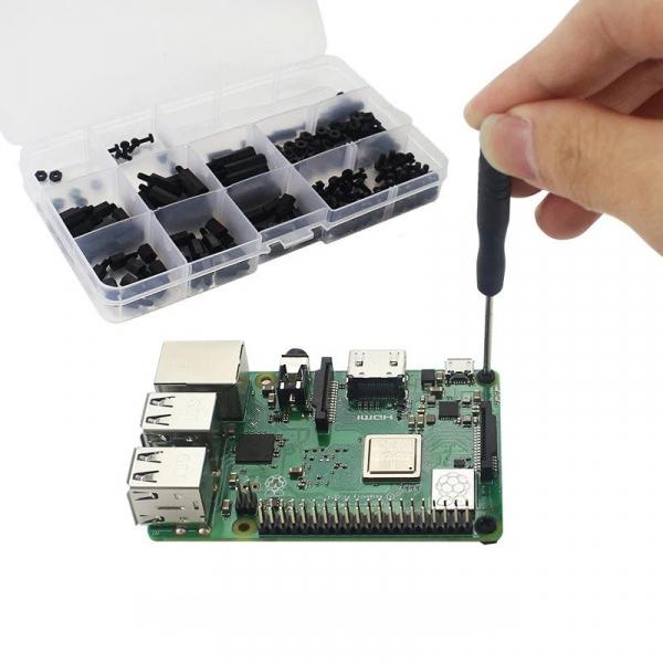 Set suruburi negre din nailon pentru Raspberry Pi 1