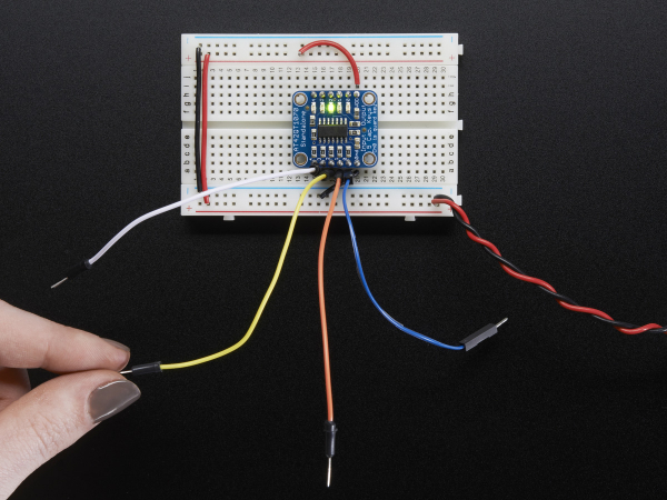 5-Pad Capacitive Touch Sensor Breakout - AT42QT1070 1