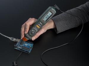 Multimetru Digital Cu Autoscalare0