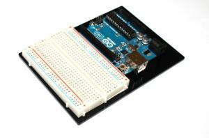 Suport pentru fixarea placii Arduino si a breadboardului1