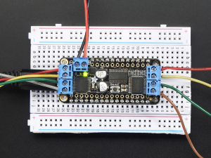 DC Motor + Stepper Shield pentru Feather5
