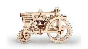 Tractor UGears [0]