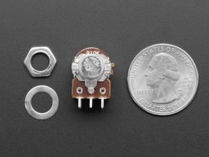 Potentiometru de 10K, liniar, dublu, cu montaj pe panou si comutator1