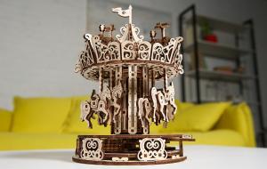 Puzzle mecanic 3D lemn Ugears Carusel12