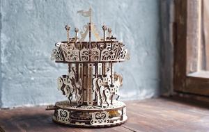 Puzzle mecanic 3D lemn Ugears Carusel13