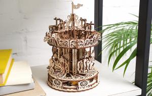 Puzzle mecanic 3D lemn Ugears Carusel10