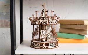 Puzzle mecanic 3D lemn Ugears Carusel9