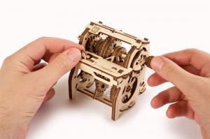 Puzzle mecanic 3D STEM Ugears Cutia de viteze8