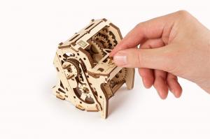 Puzzle mecanic 3D STEM Ugears Cutia de viteze6