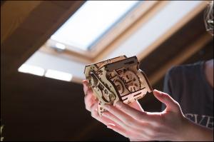 Puzzle mecanic 3D STEM Ugears Cutia de viteze12