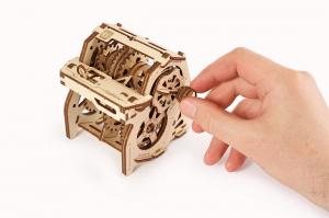 Puzzle mecanic 3D STEM Ugears Cutia de viteze7