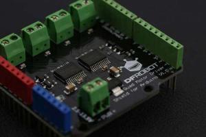 Quad DC Motor Driver Shield  Arduino3