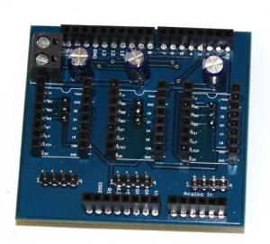 Shield Arduino pentru motoare stepper3
