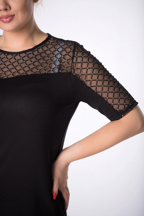 Bluza neagra eleganta cu maneci cu tulle si glitter - Marimi mari [2]