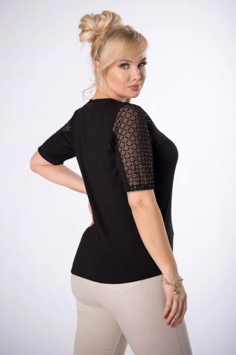 Bluza neagra eleganta cu maneci cu tulle si glitter - Marimi mari [1]